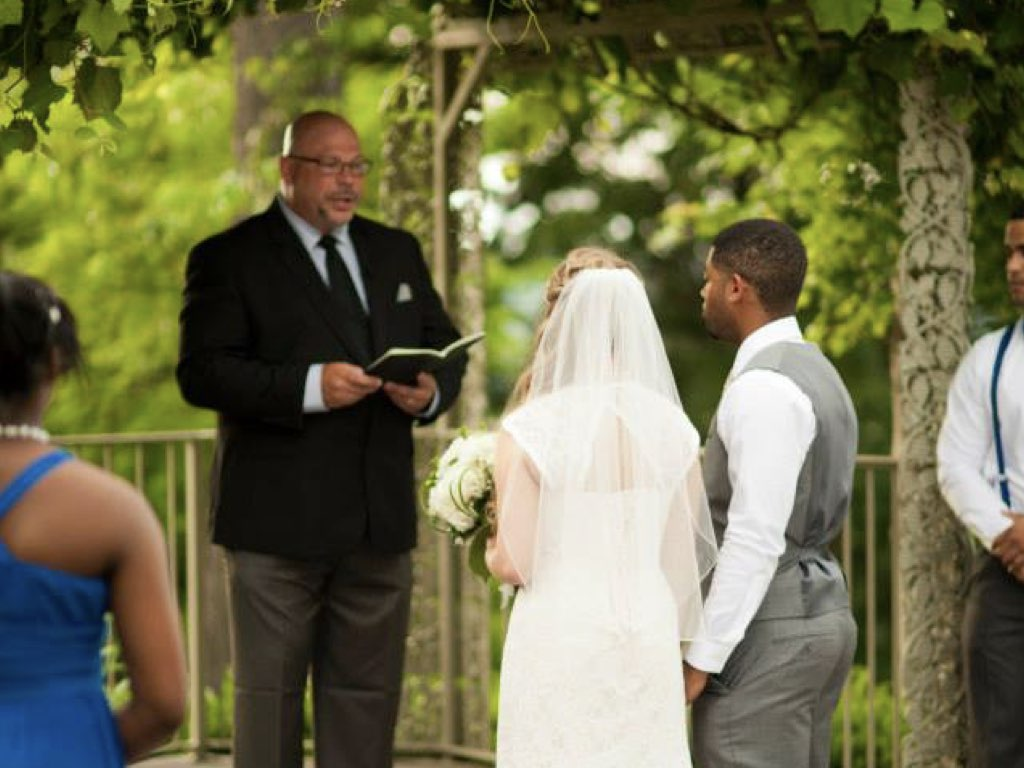 wedding-pastor-officiant-st-louis-charles.005