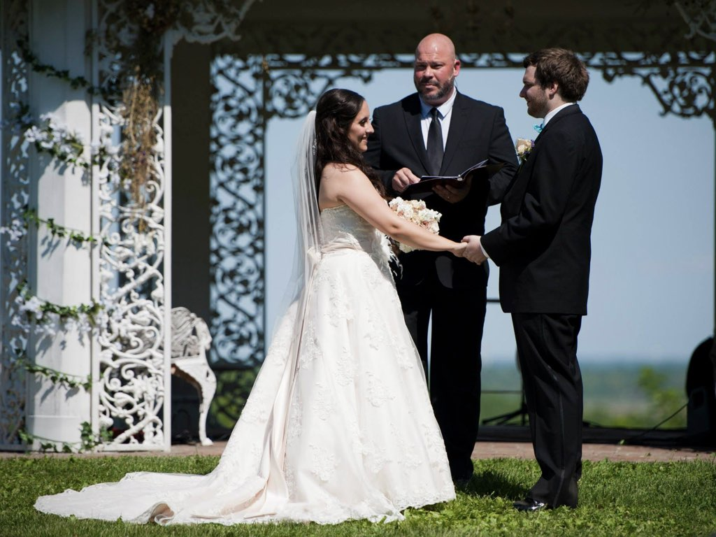 wedding-pastor-officiant-st-louis-charles.006